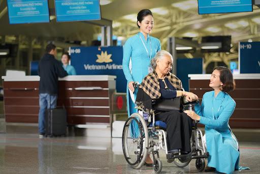 Các dịch vụ dành cho Hành khách hạn chế khả năng di chuyển khi đi máy bay