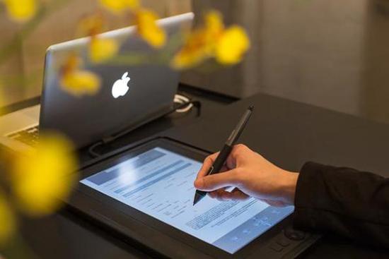 Hỗ trợ gỡ checkin online cho khách hàng làm thủ tục trực tuyến