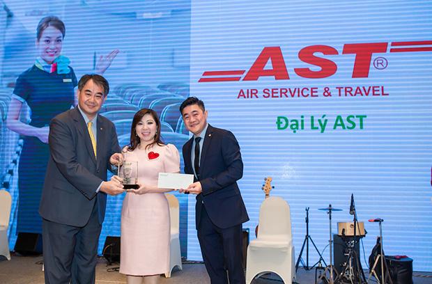 AST vinh dự nhận giải Top 3 Agent của Eva